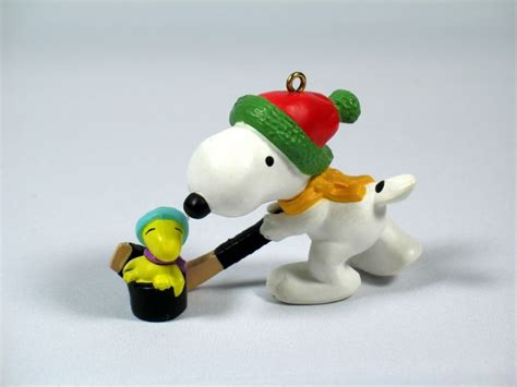 snoopy peanuts hallmark christmas ornament