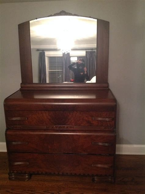 Waterfall Dresser Value by Deco Waterfall Dresser With Mirror And Table