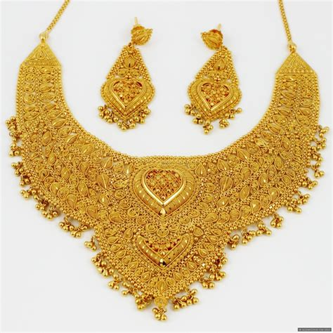 Gold Jewellery by Farhana Jewellery Collection World March 2013
