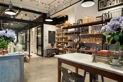 home design stores in nyc old nyc carriage house renovated into a trendy caf 233