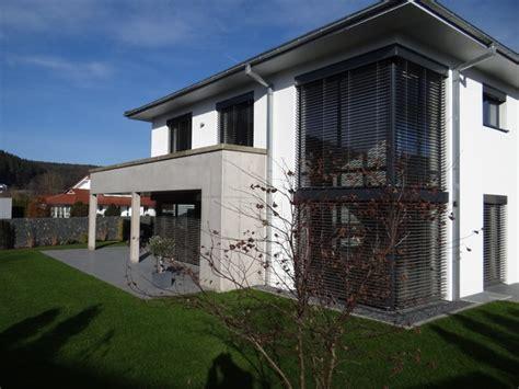 Einfamilienhaus Mit Doppelgarage Modern by Einfamilienhaus Neubau Mit Doppelgarage Modern Emphit