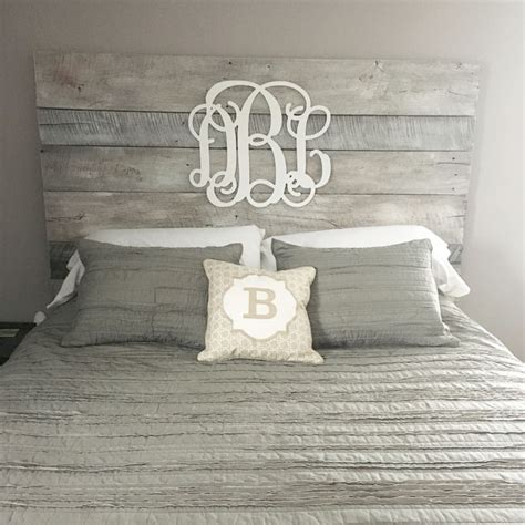 gray wood headboard 25 best ideas about white headboard on pinterest white