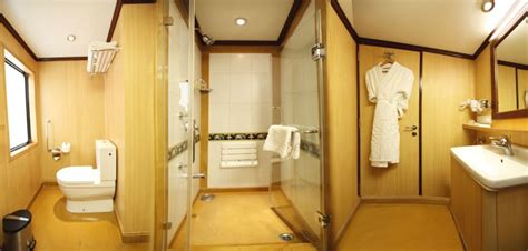 maharaja express bathroom luxury maharajas express train treasures of india 5 nts