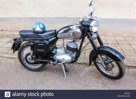 Motorrad Marke Diamant by Cz Stockfotos Cz Bilder Alamy