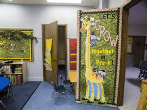Classroom Decorating Ideas With Zebra Print Thehappyteacher Back To School Photo Booth