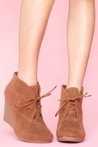 Wedges Brukat On29 45 35 best images about shoe obsession on black wedge shoes sandals and summer