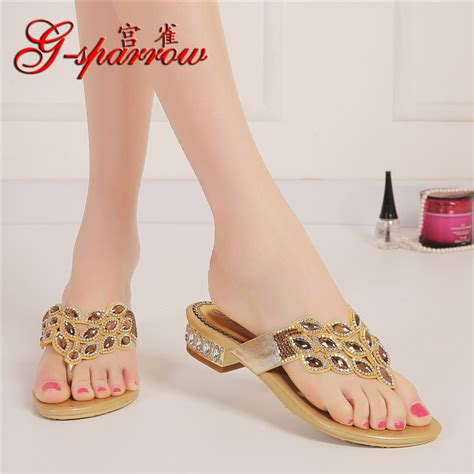 Women shoes stores online