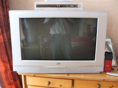 Tv Led Merk Jvc 21in jvc interiart 83 cm breedbeeld modelnr av 32h4su