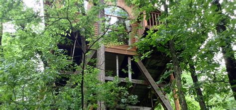 cottages in arkansas hideaway treehouse tree houses in arkansas treehouse