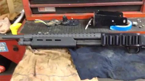 mossberg 500 light mount with heat shield how to mossberg 500 moe forend with factory heatshield