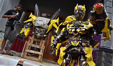 Membuat Film Robot | foto kerajinan semarang kostum transformers dibikin di