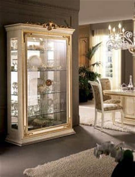 italienische speisesaal sets elegante vitrinen klassischen italienischen design f 252 r