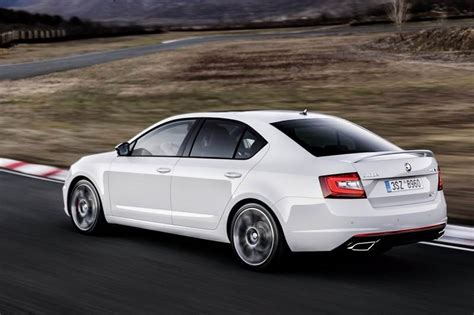 skoda octavia rs interior 2017 skoda octavia rs price in india specifications