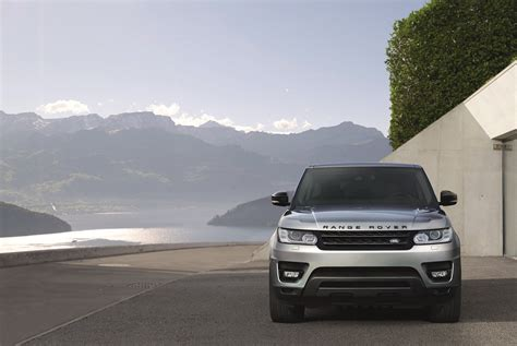 land rover sport cars land rover s 2017 range rover sport is as high tech as it