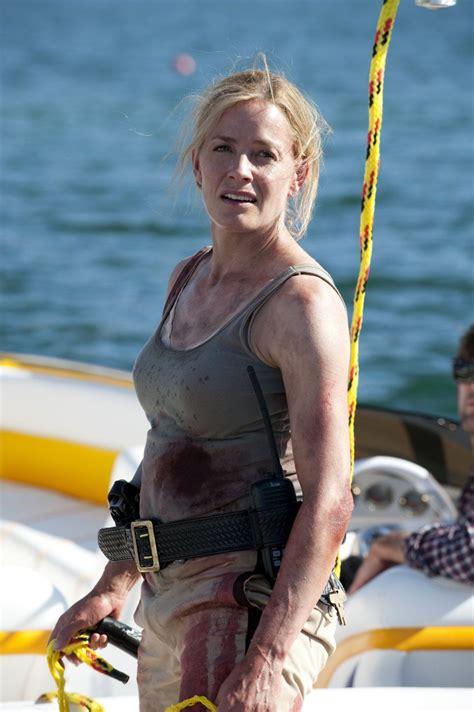 elisabeth shue horror movie piranha piranha 2010 actresses elisabeth shue