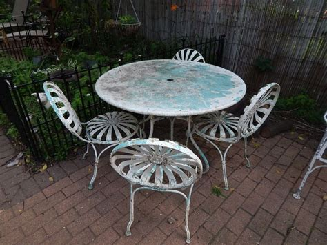 Vintage 1930's/1940's 9 piece wrought iron patio furniture