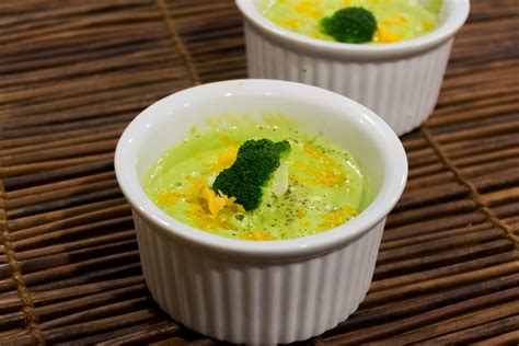 vitamix broccoli cheese soup recipe broccoli soup vitamix recipes caveman keto