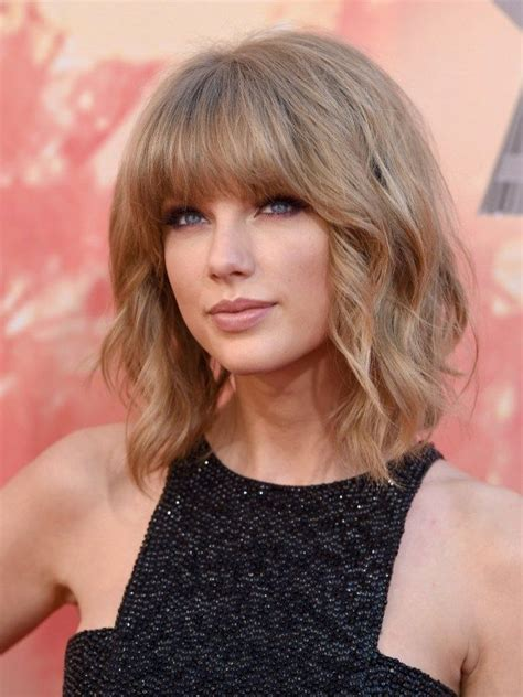 taylor swift hairstyles  celebrity hairstyles