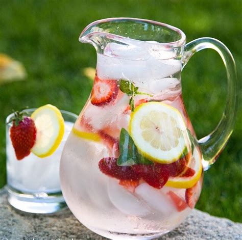 Lemon And Strawberry Detox Water Recipe by Strawberry Lemon Mint Detox Water Trusper