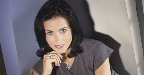 monica from friends 12 spring cleaning tips from monica geller