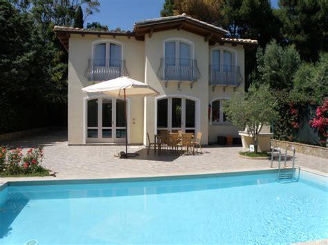 affitto casa con piscina casa con piscina in sardegna affitto a torre delle stelle