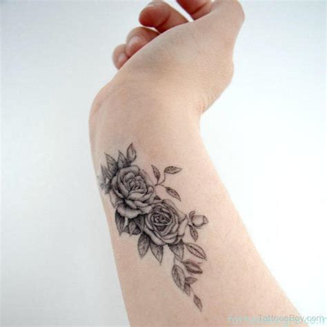 black rose tattoo on wrist 32 fantastic flowers tattoos on wrists