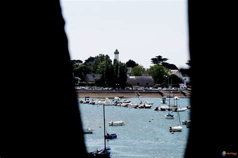 photo le phare de port navalo