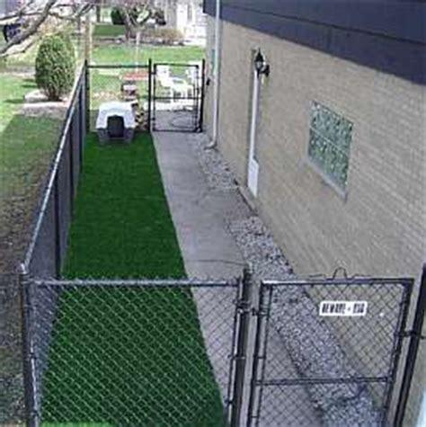 dog run side of house build a dog run