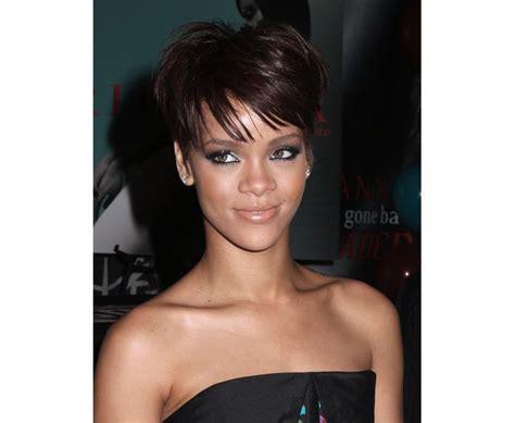 photo coiffure nouvelle coupe de cheveux de rihanna