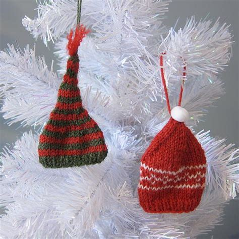 knit ornaments knit tiny hat ornaments allfreechristmascrafts