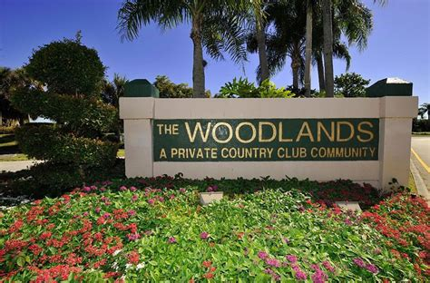 Woodlands Garage Sale by Woodlands Three Bedroom Home For Sale With Four Car Garage