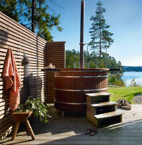 Outdoor Bathtub Wood Fired by Stunning Swedish Summer Home With Cool Outdoor Wood Fired Tub Digsdigs