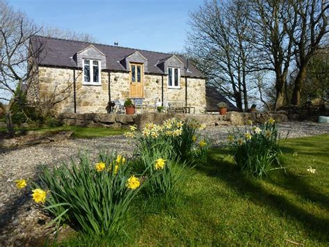 plas llanfair cottages in benllech anglesey