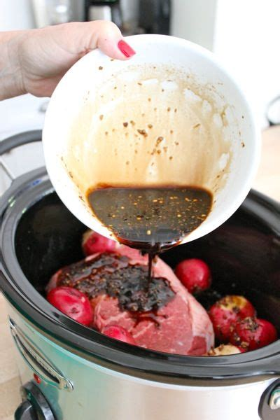 balsamic roast beef in oven 25 best ideas about balsamic pot roast on