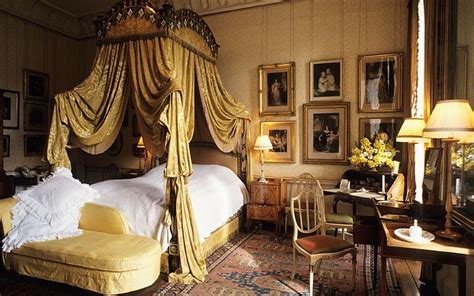 visitors  treat national trust houses