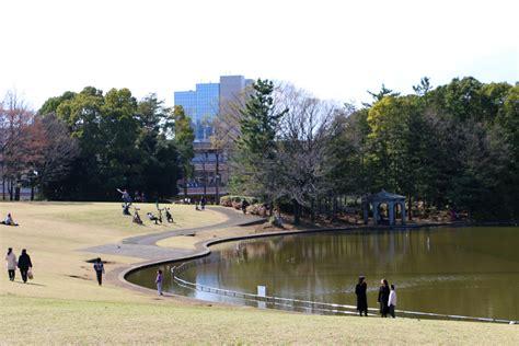 200 Garden City Plaza by