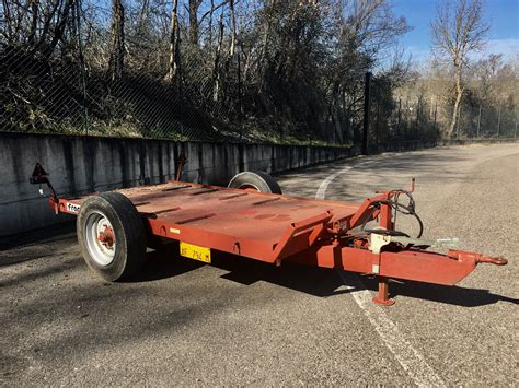 rimorchio porta auto usato tractor affair vendo rimorchio porta cingoli francini 47