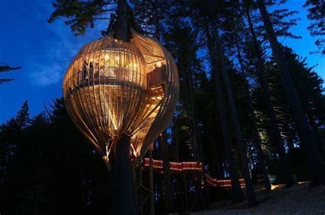 17 of the most amazing treehouses from around the world bored panda the most amazing treehouses 17 pics