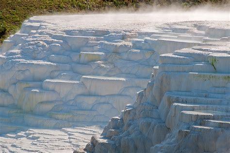 Grey Theme 2009 08 30 egerszal 243 k m 233 sztufa teraszl 233 pcs k k 246 zelebbr l