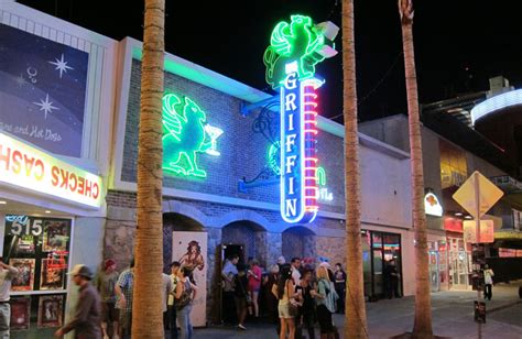 top ten bars in las vegas the 10 best bars in downtown las vegas top10vegas com