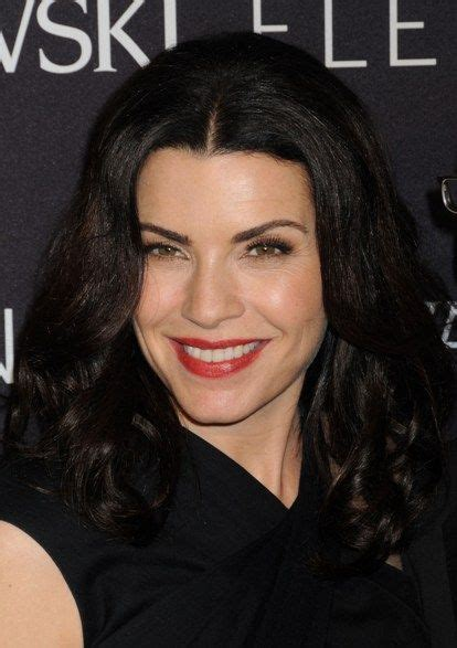 julianna margulies new hair cut curly hairstyles julianna margulies gorgeous wavy