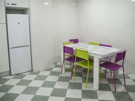 compartir piso estudiantes valencia habitaci 243 n piso compartido en el centro de valencia