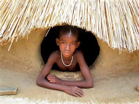 consolato togo in africa informati togo bambini nel deserto ong