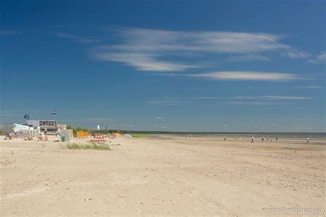 discover   beaches  estonia