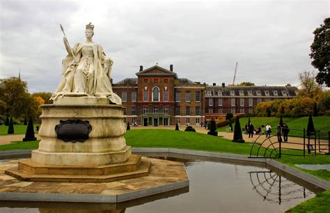 kensington palace tours a tour of kensington palace with city wonders lines of