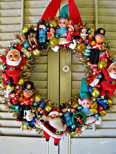 woolworth s tribute vintage christmas wreath with lots of