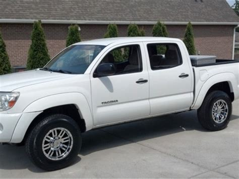 Toyotas For Sale By Owner Toyota Tacoma 2005 For Sale By Owner In Ta Fl 33612