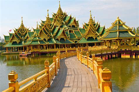 happy hour holidays thailand bangkok and phuket 4