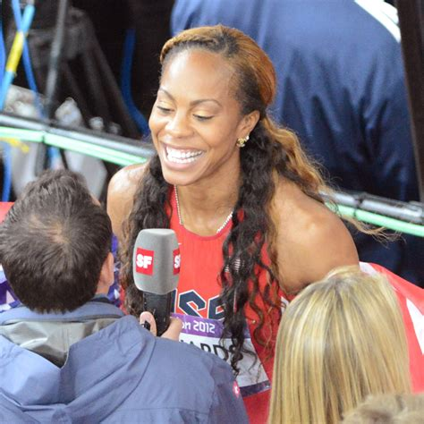 Richards Flashes by Sanya Richards Ross Flashes A Winning Smile After Winning