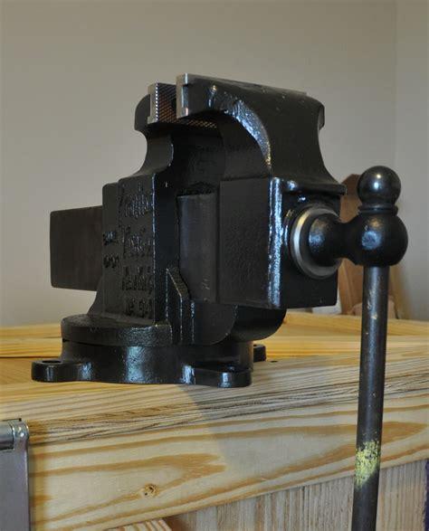 bench vise restoration prentiss 94 5 1 4 inch wide jaws a nice restoration